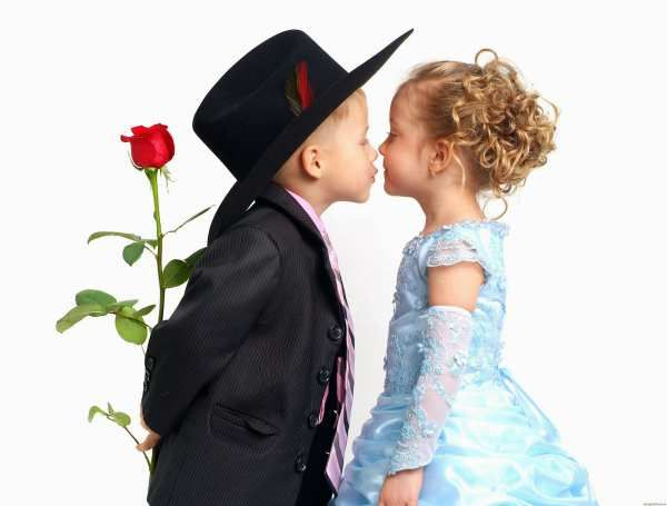 If you want to wish Happy Kiss Day then you need Kiss Day Images, Wallpaper. So we upload Kiss Day Photos, Pictures, Facebook, Whatsapp, Kissing, Download 2015.