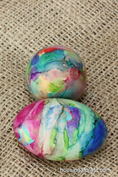 Sharpie Tie Dye Easter Eggs ~Housing a forest