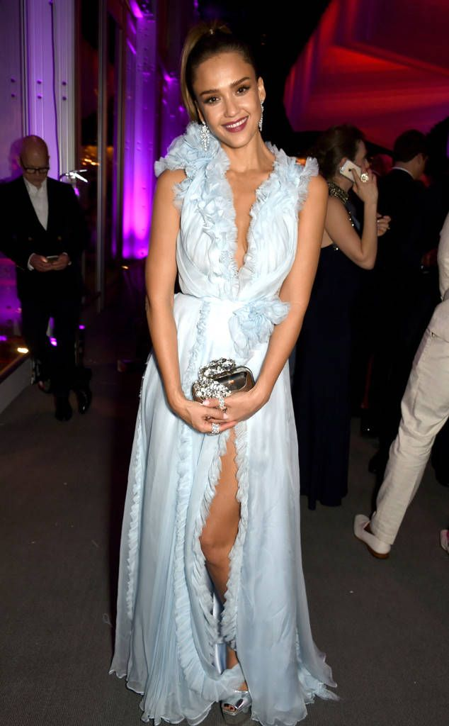Jessica Alba from Oscars 2017: Party Pics  Honestly...the Honest Company founder looks heavenly at Vanity Fair's Oscar party.