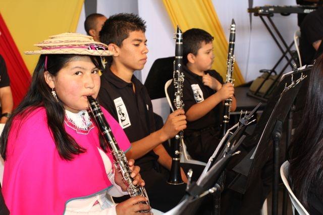 Las primeras notas del Himno (2)  Crédito Miltón Ramírez/MinCultura 2012