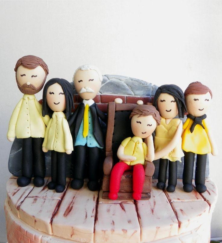 """152 Beğenme, 4 Yorum - Instagram'da Butik Pasta / Kurabiye (@gizemintatlidunyasi): """"#family #familycake #ailepastası"""""""