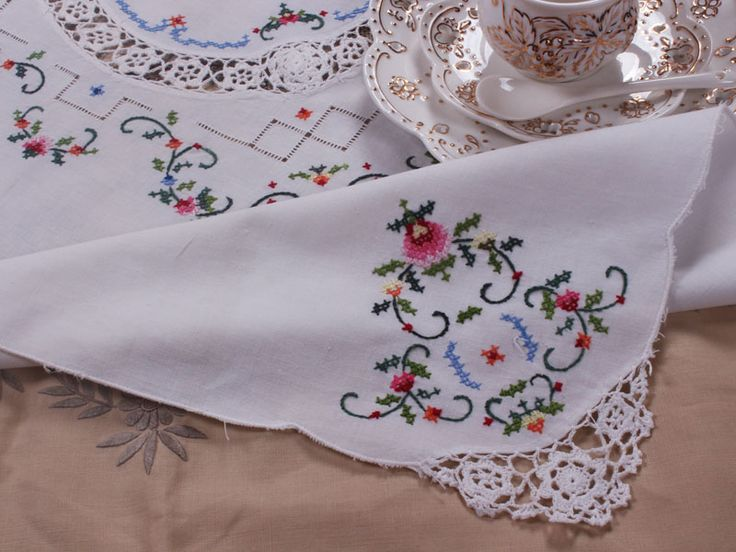 Cotton cross stitch embroidery table topper