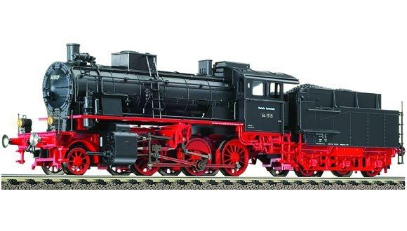 Dampflokomotive BR 54.15-17 der DB.