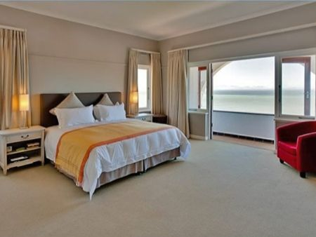 Self Catering Accommodation, Kalk Bay, Cape Town   Main Bedroom delights