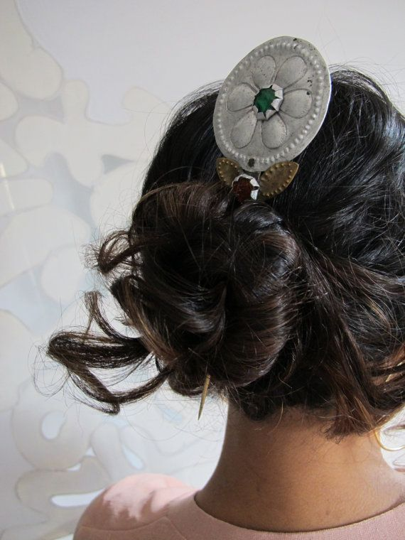 Flower Hair Pin Stick, Peruvian Shawl Pin, Tupu Tupo from Peru Mantas Llikllas, Silver & Bronze Hair Pin Stick Andean Folk Art Collectible // Loving pinned by The Rainbow Farmer https://www.etsy.com/shop/TheRainbowFarmer