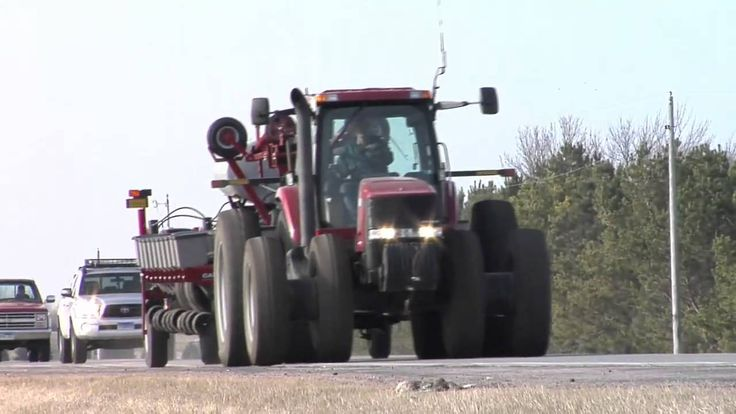 Farm Basics: Spring Road Safety (From Ag PhD #577 4/26/09)