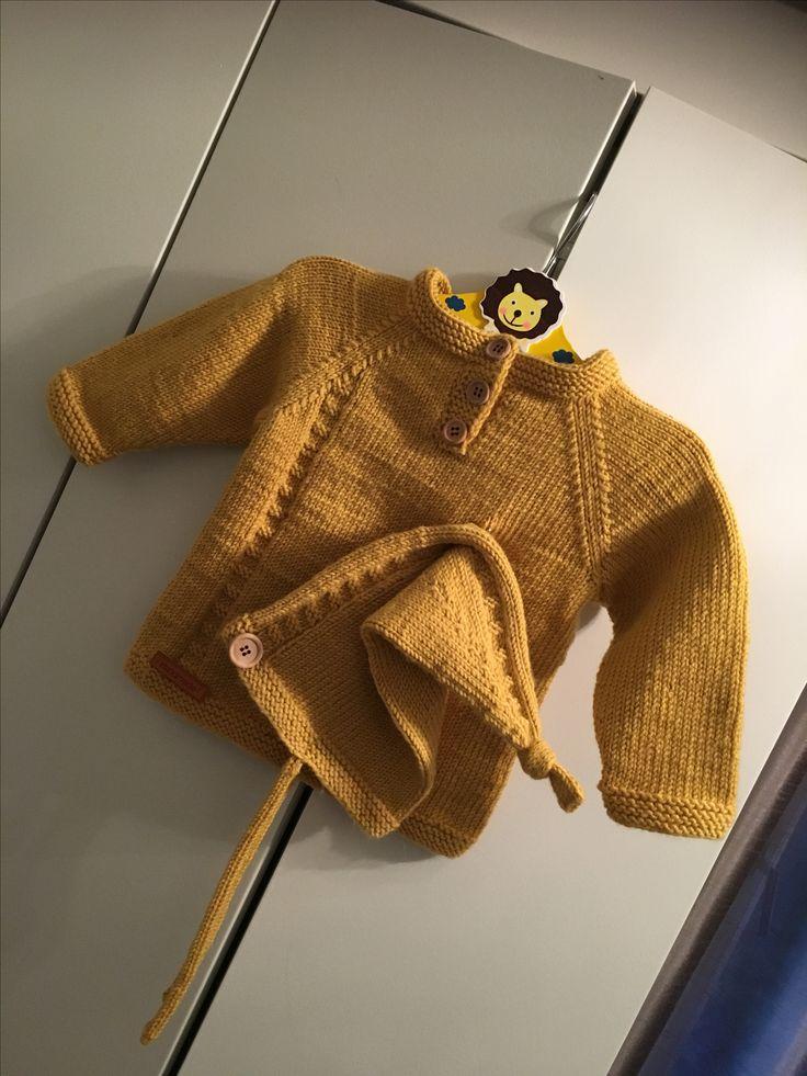 Skjønnas-lue fra Klompelompe + selvkomponert genser