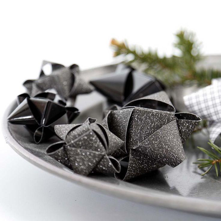 die besten 25 sterne falten aus papierstreifen ideen auf pinterest weihnachtsschmuck quilling. Black Bedroom Furniture Sets. Home Design Ideas