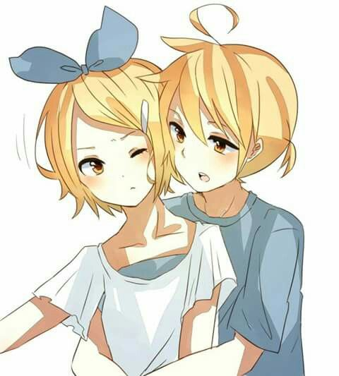 Rin & Len Kagamine | Vocaloid ... They're a little bit close each other...
