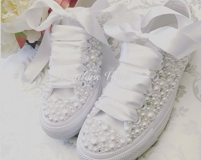 Pearl wedding converse, bridal converse , bride converse, wedding shoes, pearl chucks , wedding sneakers, bridal shoes