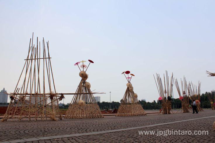 Instalasi Bambu 6 Desember 2014 di Monas