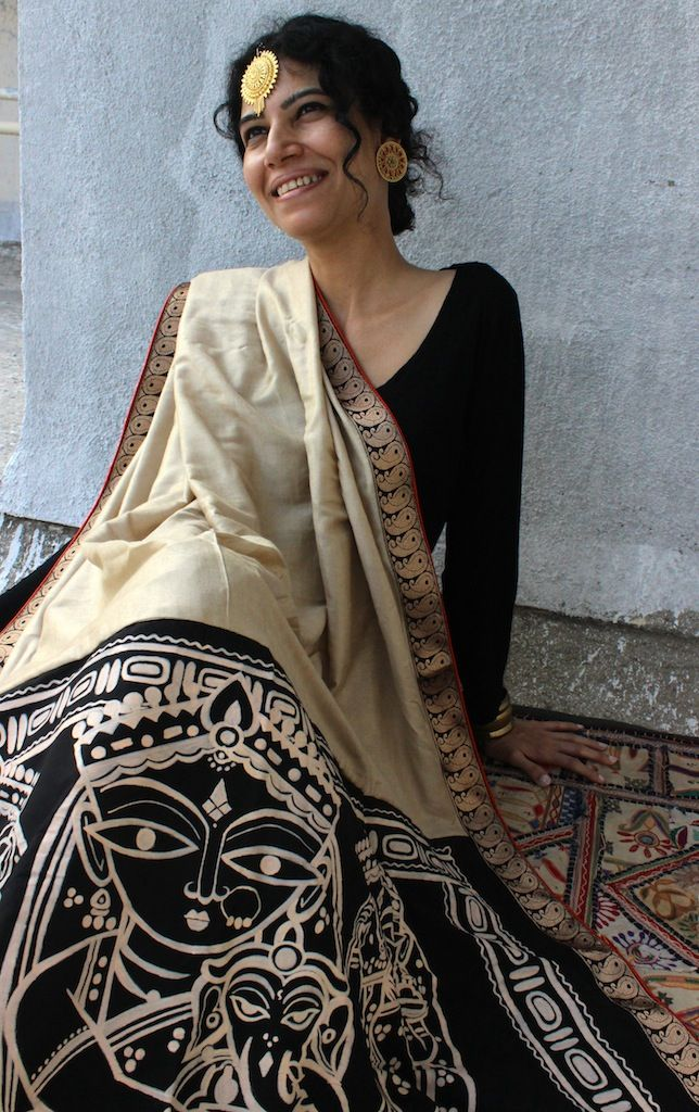 OnuOru » Biege Handpainted Muga Silk Saree JR01