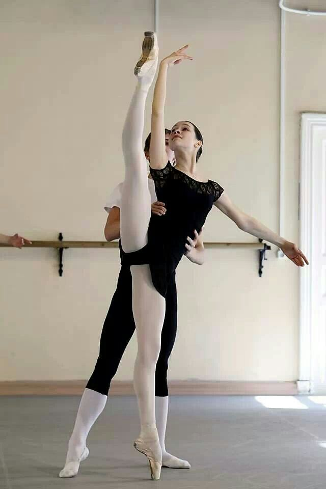 students at the Vaganova Ballet Academy /class Pas de Deux