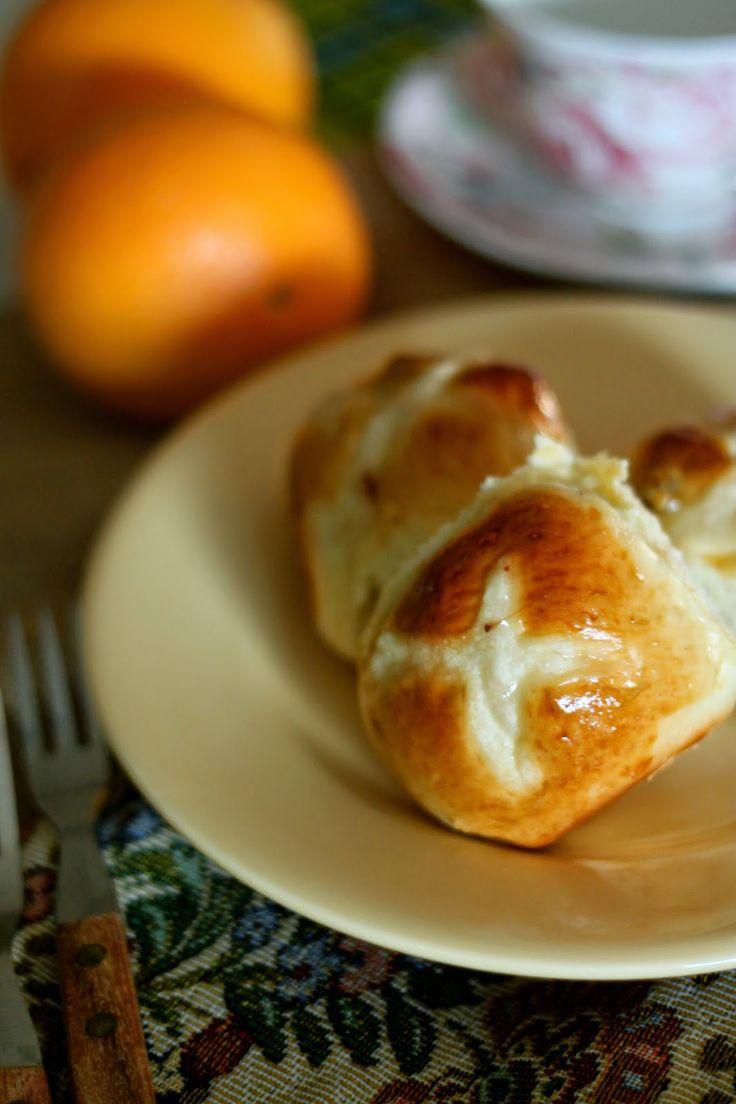 香橙十字面包 (Orange Hot Cross Bun)
