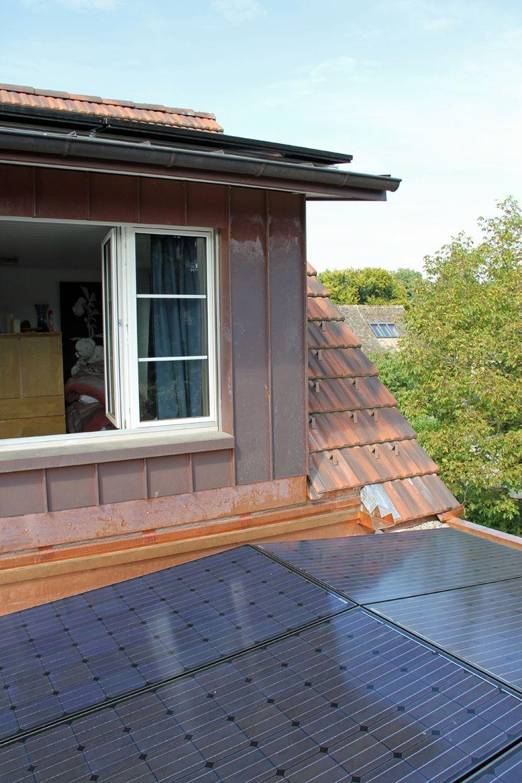 Sonnenkollektoren auf dem eigenen Dach - die Fläche wird optimal genutzt.