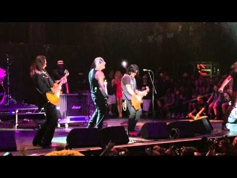 """Bret Michaels - """"Every Rose Has Its Thorn""""~""""Nothing But Good Time"""" Hair Nation Festival 9/17/2016 - YouTube"""