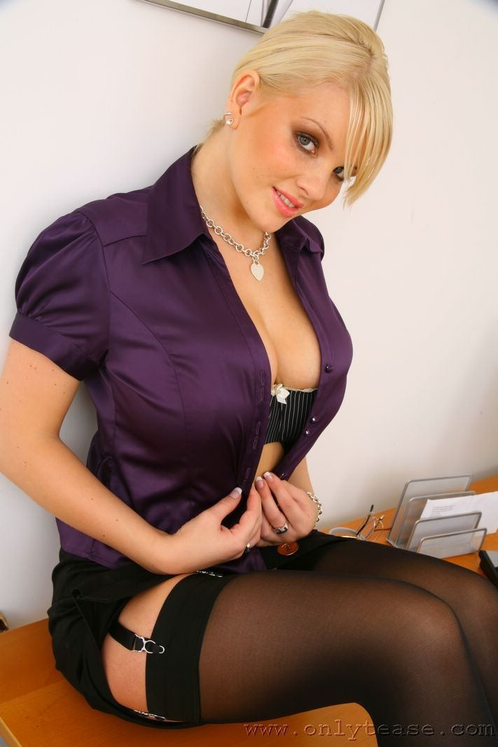 Faith Nelson Free Photos Wearing Pantyhose