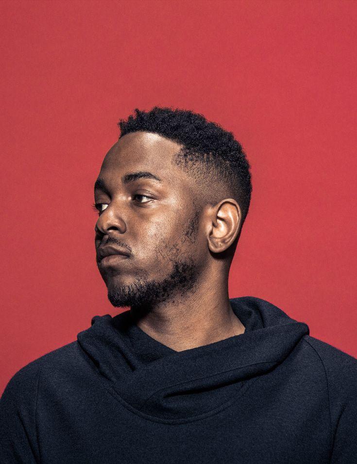 Kendrick Lamar    /  Produzido em um intervalo de quase dois anos, To Pimp a Butterfly (2015), terceiro álbum de estúdio de Kendrick Lamar, está longe de se ...