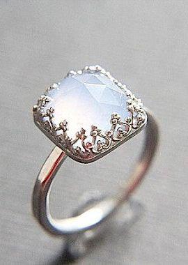 Vintage Style Chalcedony Wedding Ring Set Eco