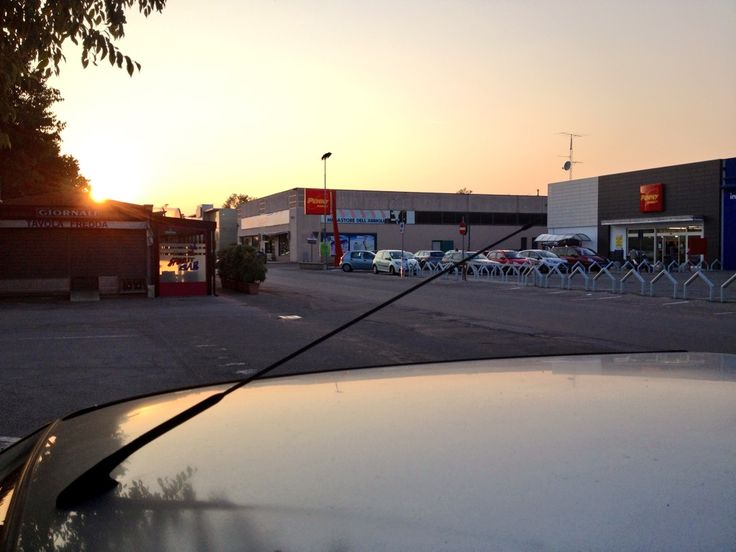 Settala (Milano). km10 Paullese. Penny Market.