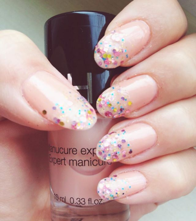 SEPHORA - Nude glitter nails - by me