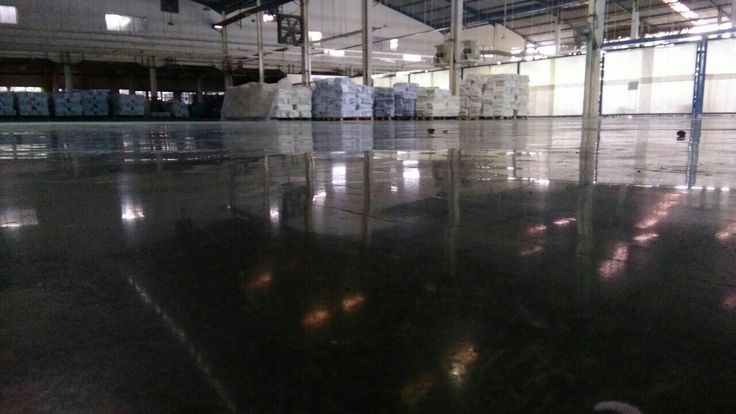 Worst floor become Super Gloss with Polished Concrete | Teknoklinz Indonesia Polished Concrete Expert