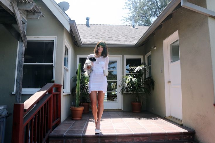 Sophia Amoruso, Founder & CEO, Nasty Gal photo via Into The Gloss.: Hot Outfits, Ceo, Exceed 100, Now Nasty Gal, Sophia Amoruso, Ebay Stores, Beaches Houses, Online Ebay, Cute Little Houses