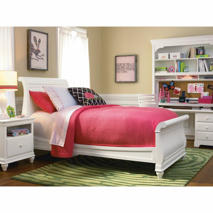 Bedroom Bench Use Bedroom Design Images Bedroom Furniture Sets Most Romantic Bedroom Paint Colors: 25+ Best Ideas About White Sleigh Bed On Pinterest