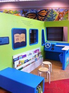 Recreación del interior de un bibliobús para niños (Minnesota, EE.UU.)
