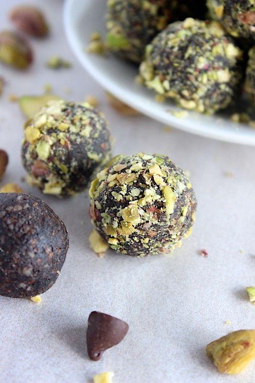 Pistachio Choc Fudge Bliss Bites {Vegan, Gluten Free & Paleo Friendly}