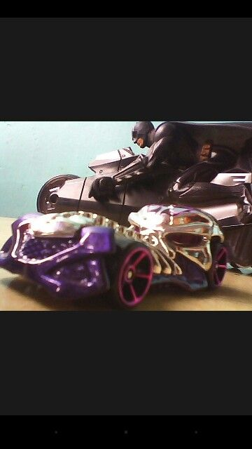 A pic from the front cam its awesome   its SKULLRIDER and BATBIKE