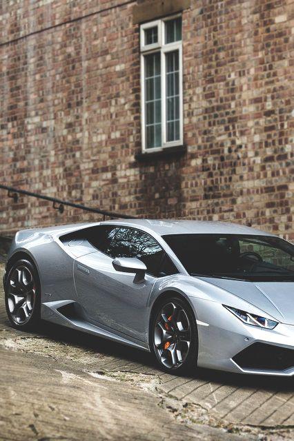 @VanityJada Lamborghini Huracán