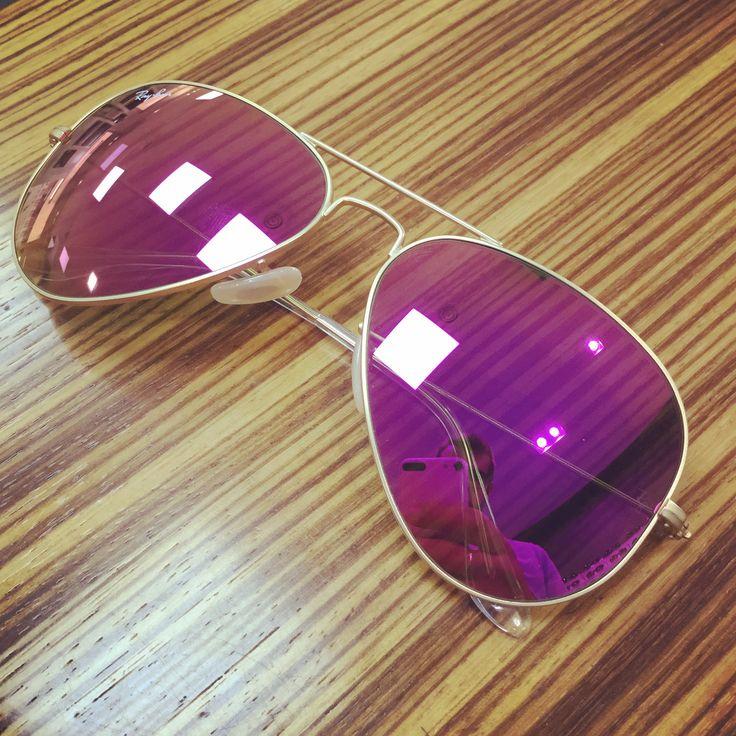 ☺️☺️Nos encanta esta @rayban #aviator en espejo #rosa 😎  #moda #lavidaenrosa #gafasrosas  #fashion #sunglasses #gafasdesol #PuenteTocinos #Murcia