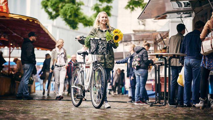 Wszystkie modele rowerów Kreidler z serii City zapewniają doskonały komfort jazdy, a także bezpieczeństwo i funkcjonalność.   Ciekawy design i zamiłowanie do detali sprawiają, że nasze rowery, gdziekolwiek się nie pojawią, zawsze cieszą oko.  Więcej: http://kreidler.pl/rowery/rowery-miejskie-lp/