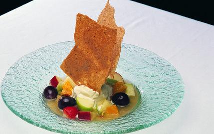 Taze Meyve Salatası, Meyve Şurubu ve Dondurma ile