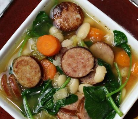 Slow Cooker Sausage, White Bean and Spinach Soup | Hot and healthy!