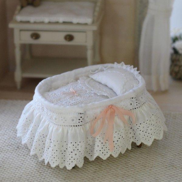 cuna ovalada artesanos felipe royo miniaturas para casas de muecas
