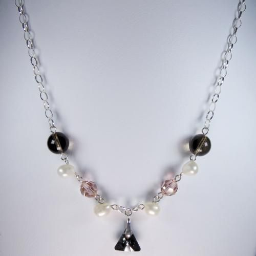 Collar con Perla Natural, Cuarzo y Cristales Swarovski.