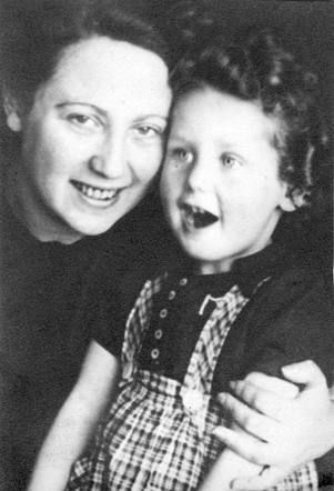 1feafcf5469 Karien Elza Sajet, * 06.10.1939 in Amsterdam Murdered in Auschwitz on  11.02.1944