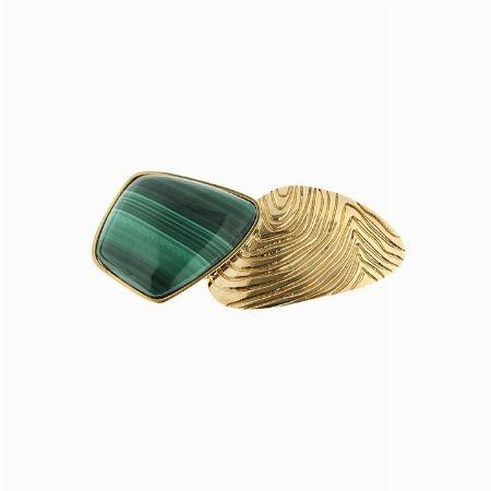 FIBBIA IN METALLO DORATO E MALACHITE, FERRE' - Lotto n. 19 - Asta 1# - Curio Casa d'Aste in Firenze #auction #bijoux #fashionjewelry #costumejewelry #orecchini #fibbia #ferre #gianfrancoferre #italy #florence #moda #trend #anniottanta #eighties #handmade #madeinitaly #buckle #malachite