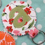 Letter Keychain: Keychains Ideas, Remnant Ideas, Sewing 101 Projects, Fabrics Scrap, Scrap Fabrics Projects, Projects Ideas, Cute Keychains, Fabrics Crafts, Keys Chains