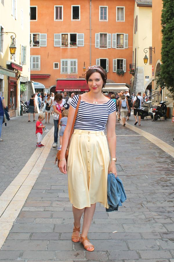 Vintage yellow midi skirt -----  Yiyou from Mars Blog mode, vintage et lifestyle, Bordeaux