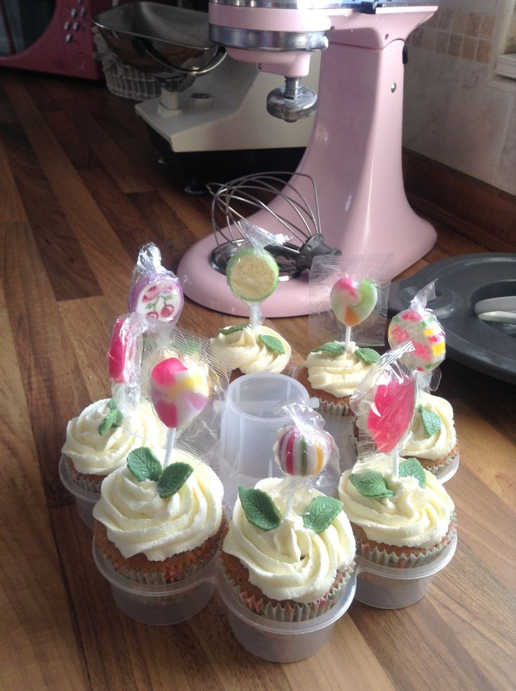 Lolly cupcakes x
