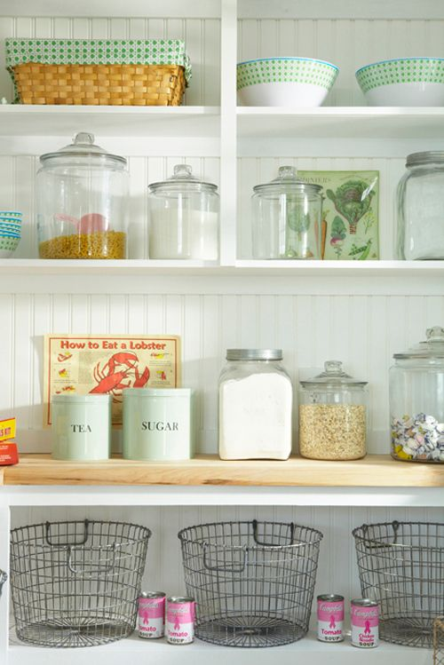 love the open shelving and canisters.