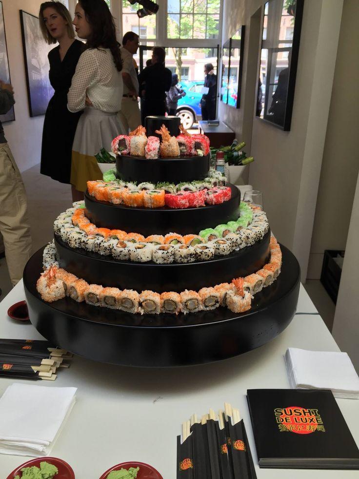 Leuke sushi taart en mooi voor buffet en receptieontvangst