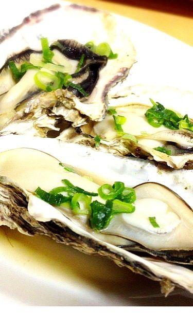 牡蠣祭り第二夜は酒蒸し!(≧з≦)ん〜!たまらん!ヽ(°▽、°)ノ - 194件のもぐもぐ - 牡蠣の酒蒸し by 寺尾真次