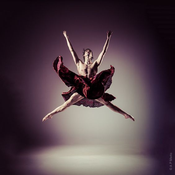 Ballet Photo - Male jump - Dancer Kristóf Morvai Hungarian National Ballet - © Andrea Paolini Merlo ballet Photography - Dancers