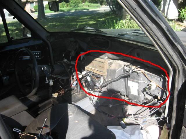 Dashboard Takedown And Removal This Is An Incredibly Well Done Write Up Jeep Projects Cherokee Sport