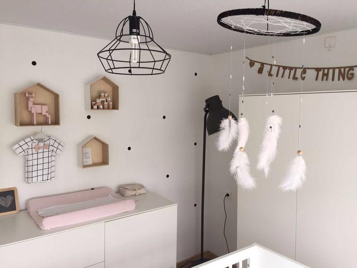 Babyroom bedroom baby dromenvanger catch a dream nursery monochrome kids kidsroom
