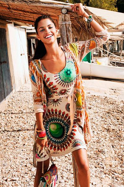 Love how colorful this dress is! http://www.studentrate.com/fashion/fashion.aspx